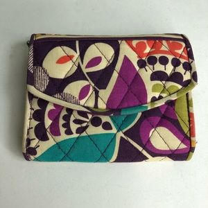 Vera Bradley wallet multi color great condition